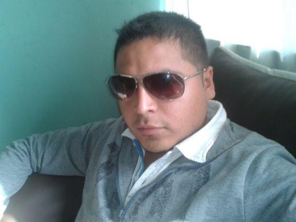 Bambynoo, Chico de Lima buscando una cita ciegas