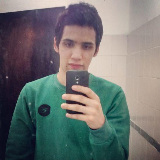 Xrhcpx, Chico de Buenos Aires buscando una cita ciegas