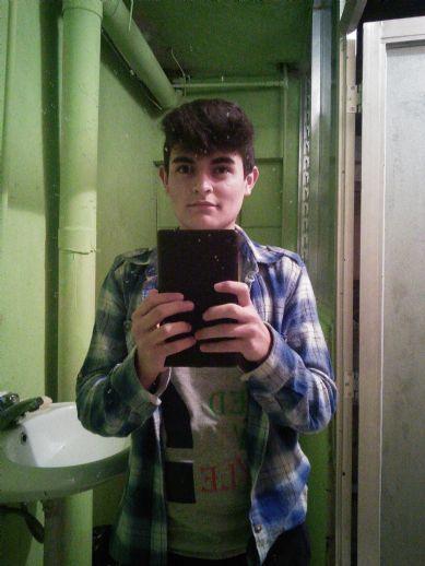 Shipo, Chico de Guatemala buscando amigos