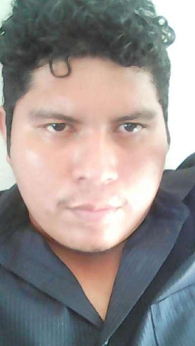 Magno, Chico de Tegucigalpa buscando conocer gente