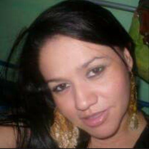 Yanixa, Mujer de Tegucigalpa buscando pareja