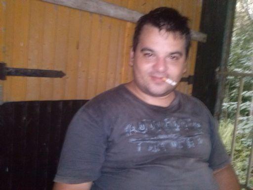Maximiliano, Hombre de Rosario buscando conocer gente