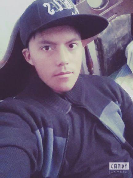 Cristian, Chico de Ambato buscando pareja