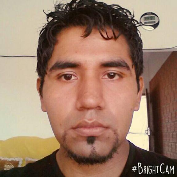 Eliot donovan, Chico de Santa Cruz de la Sierra buscando conocer gente