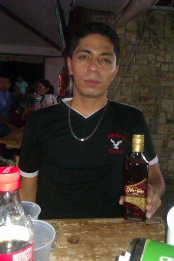 Denis, Chico de Managua buscando conocer gente