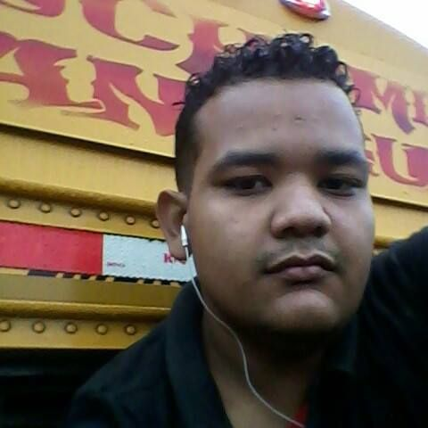 Santiel, Chico de Managua buscando pareja