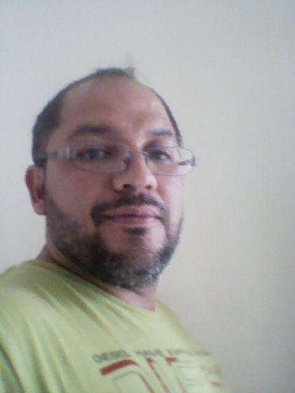 Javier, Chico de San Pedro Sula buscando pareja
