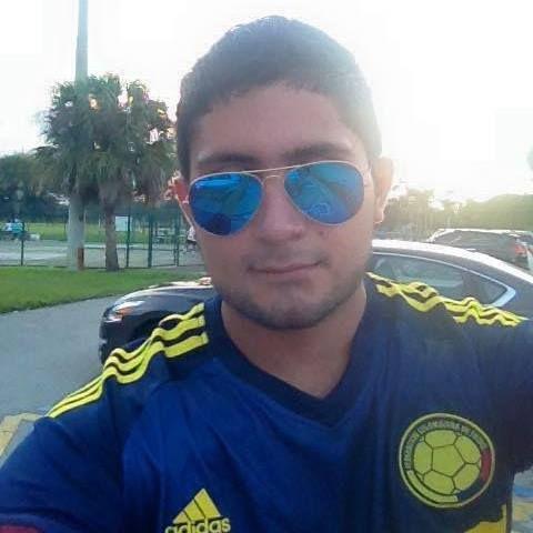William, Chico de Miami Gardens buscando pareja