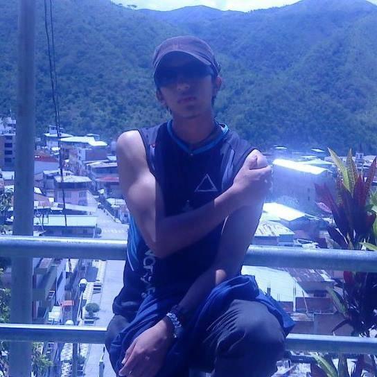 Luis, Chico de Huancayo buscando pareja