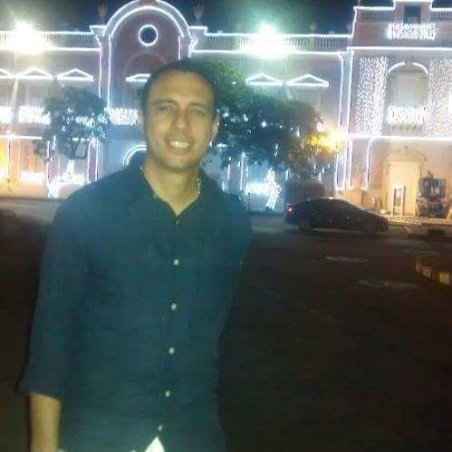 Carlos contreras, Hombre de Miami buscando conocer gente