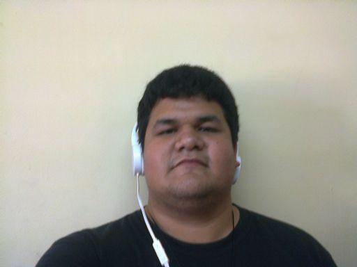 Roberto, Chico de Matamoros buscando conocer gente