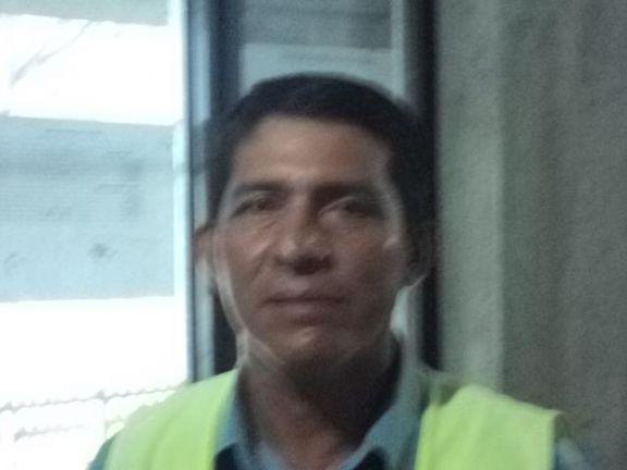 Ricardo condo bayas, Hombre de Guayaquil buscando pareja