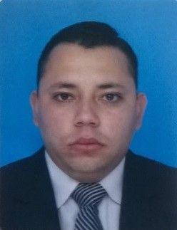 Juan, Chico de Bogotá buscando una cita ciegas