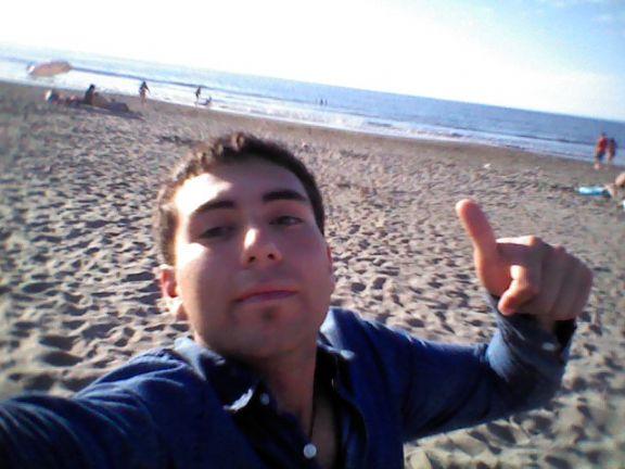 Daniel, Chico de Talcahuano buscando una cita ciegas