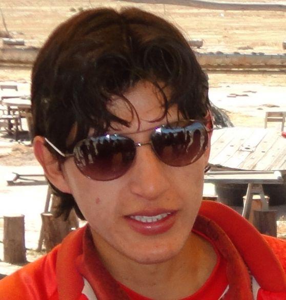 Jasmany , Chico de Oruro buscando pareja