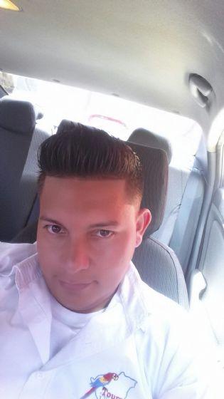 Alberto, Chico de Managua buscando conocer gente