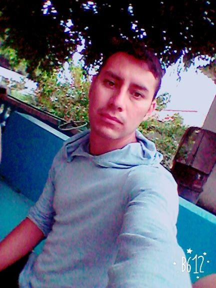 Fredd, Chico de Guatemala buscando conocer gente
