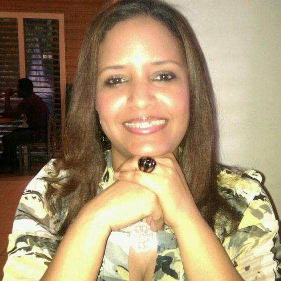 Yomaira , Mujer de Santo Domingo buscando pareja