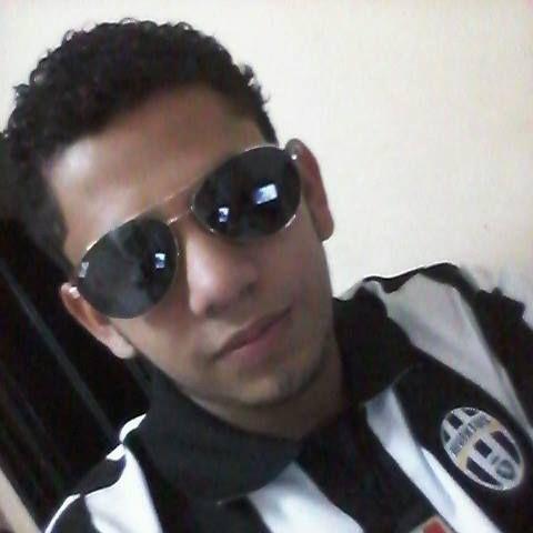 Fredy, Chico de Tegucigalpa buscando conocer gente