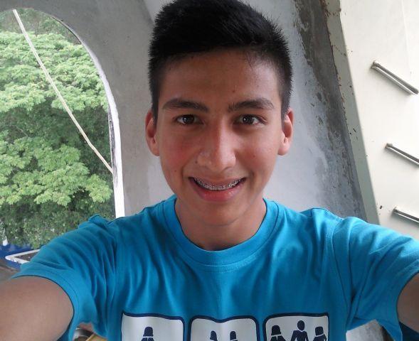 Daniel ramirez, Chico de San Cristóbal buscando una cita ciegas
