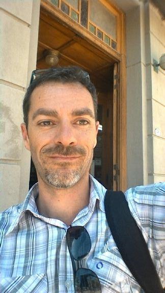 Nicolas, Hombre de Puerto Madryn buscando una cita ciegas
