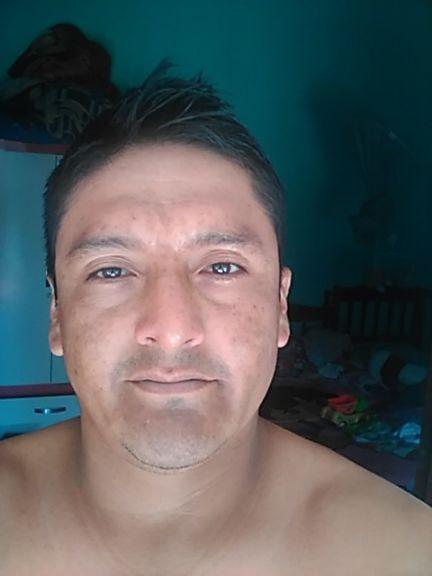 David, Hombre de Santa Cruz de la Sierra buscando una cita ciegas