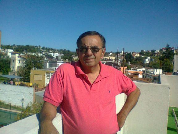 Edgardo, Chico de Córdoba buscando pareja