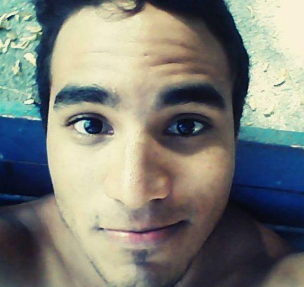 Fernando, Chico de Puerto Cabello buscando pareja
