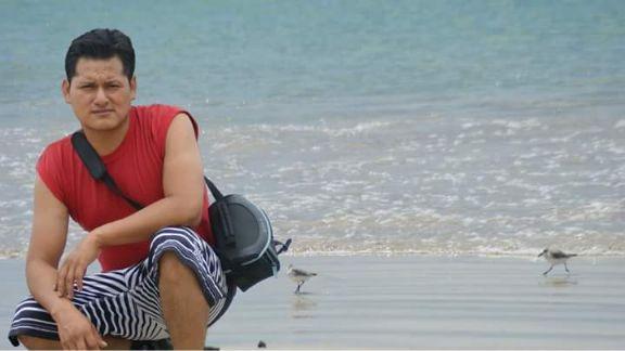 Miguel, Mujer de Puerto Ayora buscando una cita ciegas