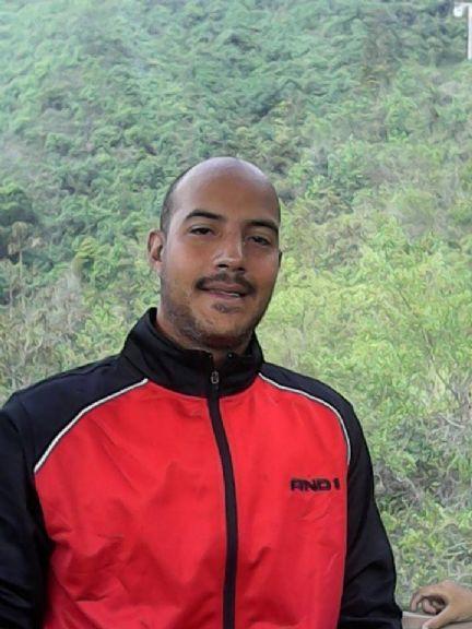 Jorge, Hombre de Caracas buscando una cita ciegas