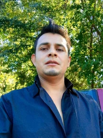 Efrain , Chico de West Palm Beach buscando una cita ciegas