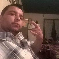 Damian, Chico de Mendoza buscando una cita ciegas