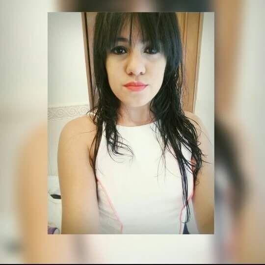 Melanyy, Chica de Colomba buscando una cita ciegas