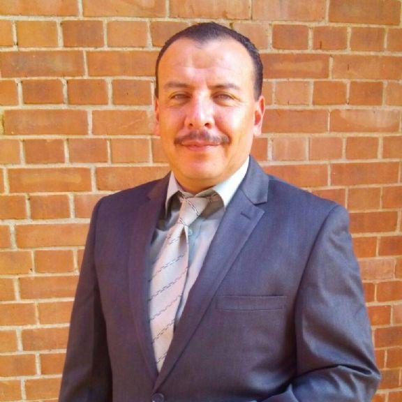 Alejandro, Hombre de Guatemala buscando una cita ciegas
