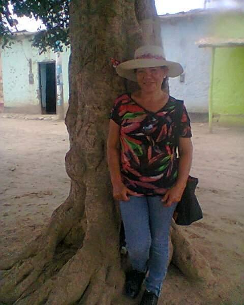 Adela del aguila, Mujer de Distrito de Pucallpa buscando pareja