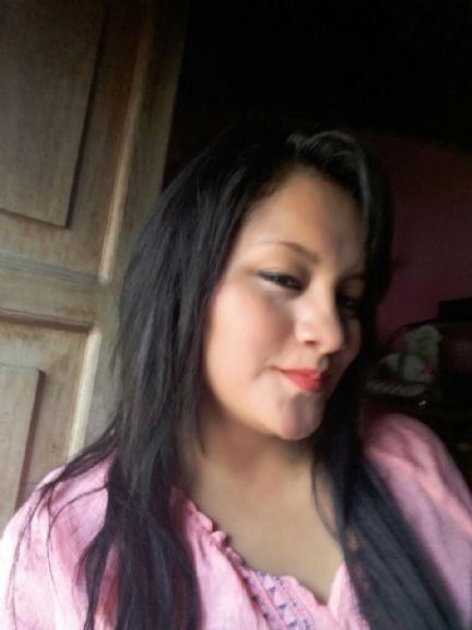 Margoth, Chica de Coatepeque buscando una cita ciegas