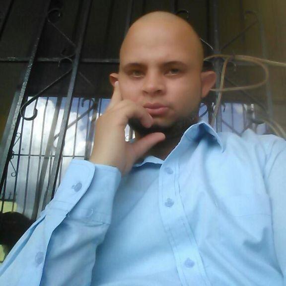 Jhoan manuel, Chico de Santo Domingo buscando conocer gente