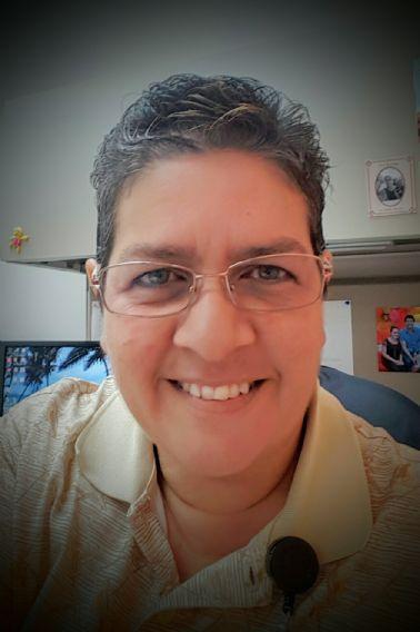 Rosa moreno, Mujer de Caguas buscando pareja