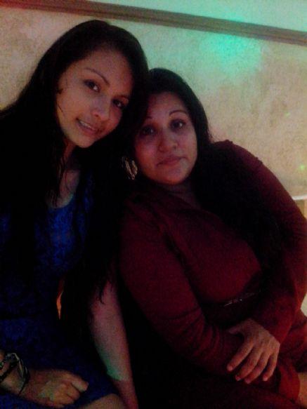 Azucena, Mujer de Veracruz buscando una cita ciegas