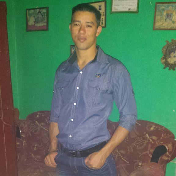 Jose castillo , Chico de Villanueva buscando amigos