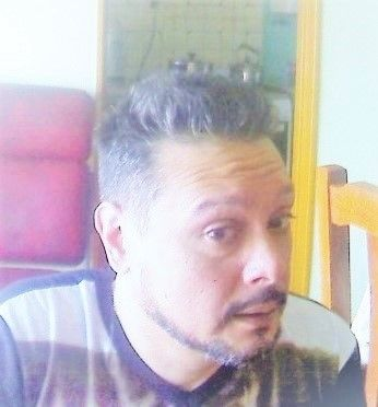 Dario, Hombre de Rosario buscando una cita ciegas