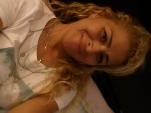 Fey, Mujer de White Plains buscando pareja
