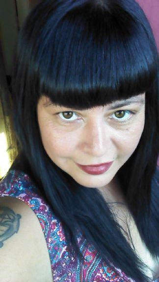 Nadia, Mujer de Buenos Aires buscando una cita ciegas