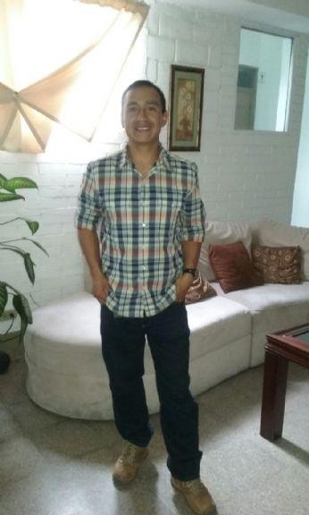 Erick humberto gonza, Chico de Guatemala buscando una cita ciegas