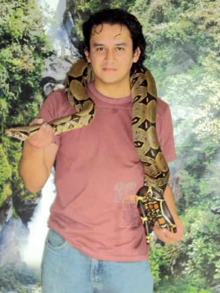 Ruben, Hombre de Quito buscando una cita ciegas