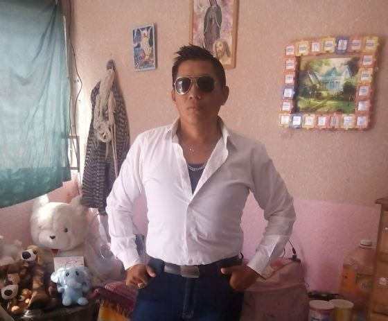 Carlos tun cocom, Chico de Mérida buscando conocer gente