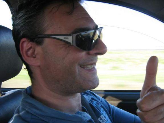 Jorge, Hombre de Rosario buscando una cita ciegas