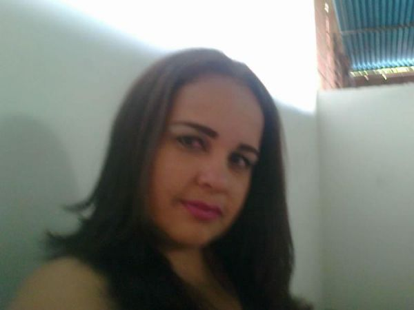 Berliz, Mujer de Palo Negro buscando pareja