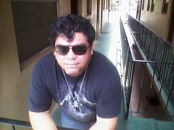 Rodolfo garcia, Hombre de Hialeah buscando conocer gente