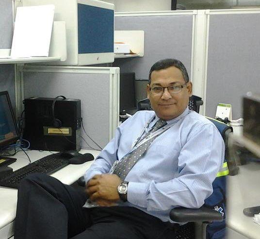 Trillizo, Hombre de Caracas buscando conocer gente